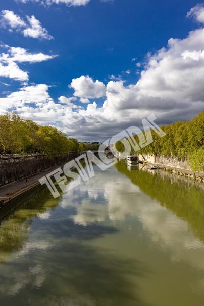 River Tevere from Ponte Sisto, Rome, Italy